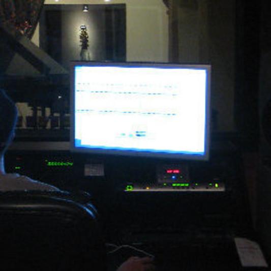 Raymond Valentin on SoundBetter