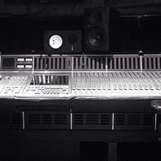 Premier Recording Studios on SoundBetter