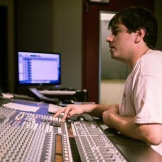 Alexander Komlos Engineer on SoundBetter