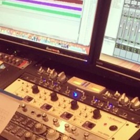 Brian Davis @ Tribesound on SoundBetter