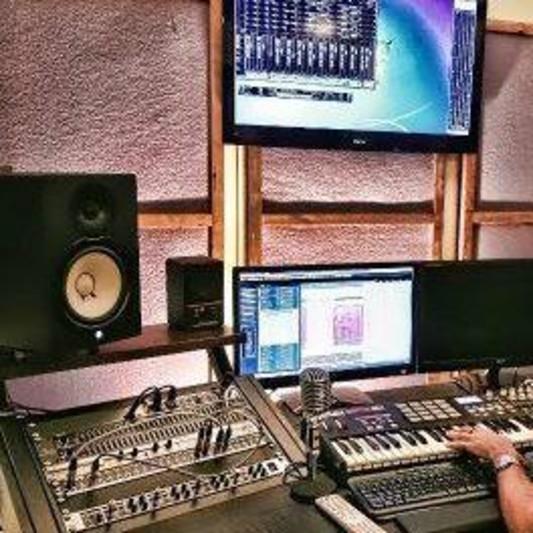 Yishay Raziel on SoundBetter