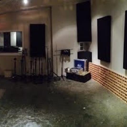 Red Light Recording on SoundBetter