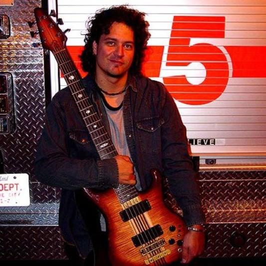 Your Session Bassist on SoundBetter