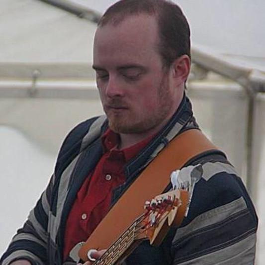 Bassist on SoundBetter