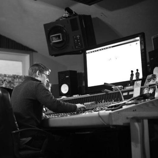 Alex Dobbert on SoundBetter