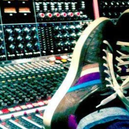 Cameron Lister on SoundBetter