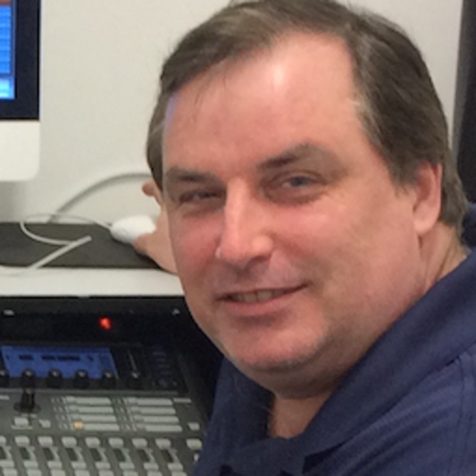 Dave Felstead over hill studio on SoundBetter