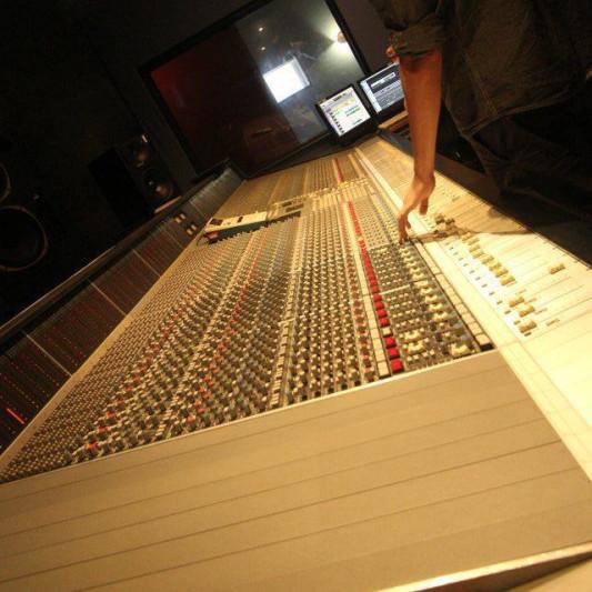 DNA Studios on SoundBetter