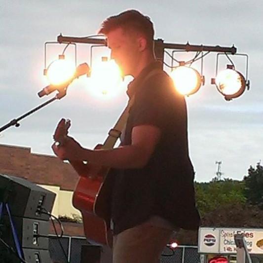 Dylan Holmes on SoundBetter