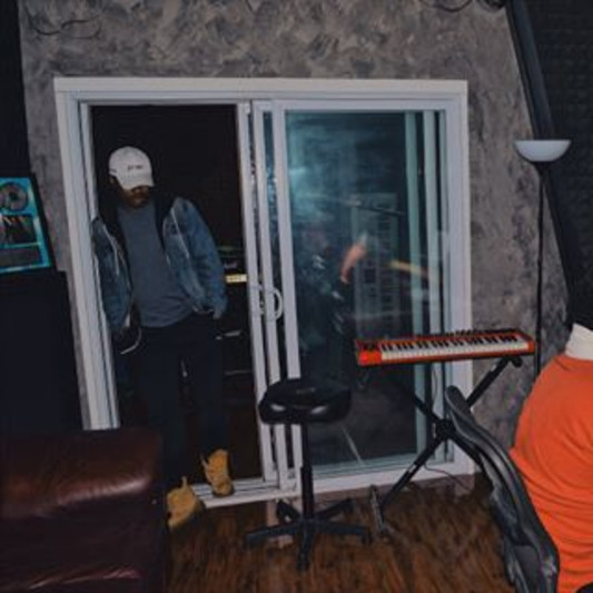 Devn Lnell on SoundBetter