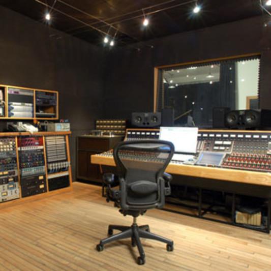 Soma Electronic Music Studios on SoundBetter