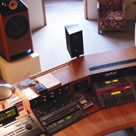 La Source on SoundBetter