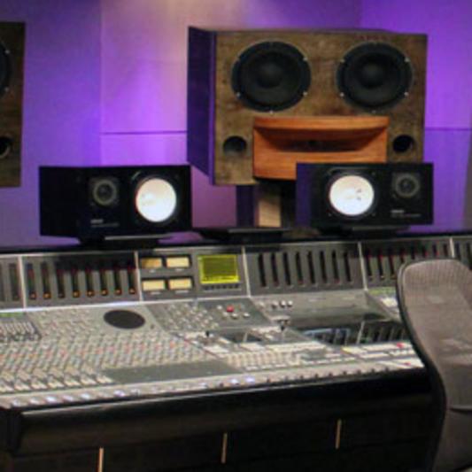 Tiffanie Chosa Engineer / Producer on SoundBetter