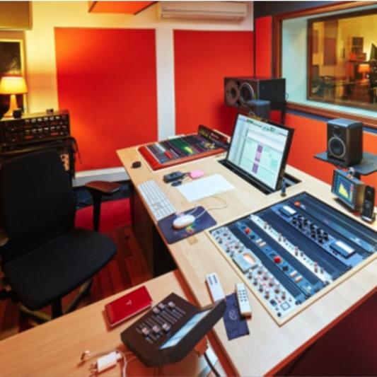 Studio Pickup on SoundBetter