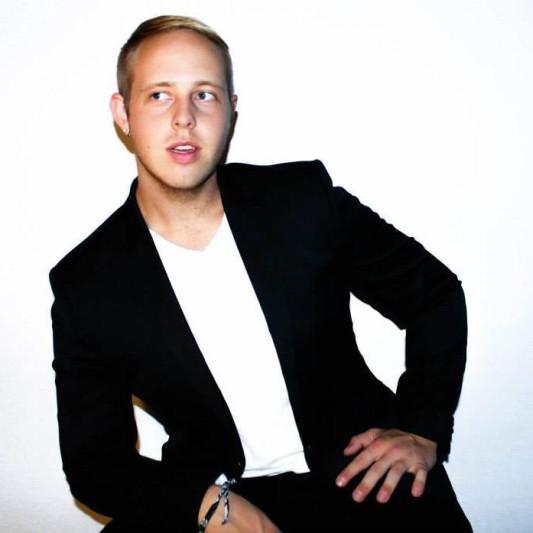 Stephen Thomas on SoundBetter