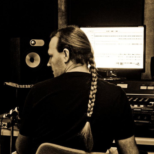 Jo Ellis on SoundBetter
