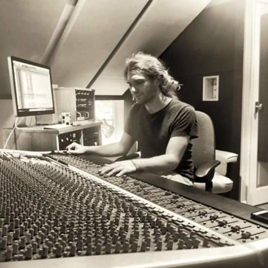 Waratah Records on SoundBetter