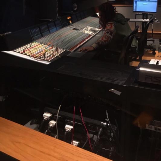 MusiqMone on SoundBetter