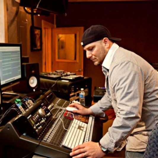 Mr. Mig on SoundBetter