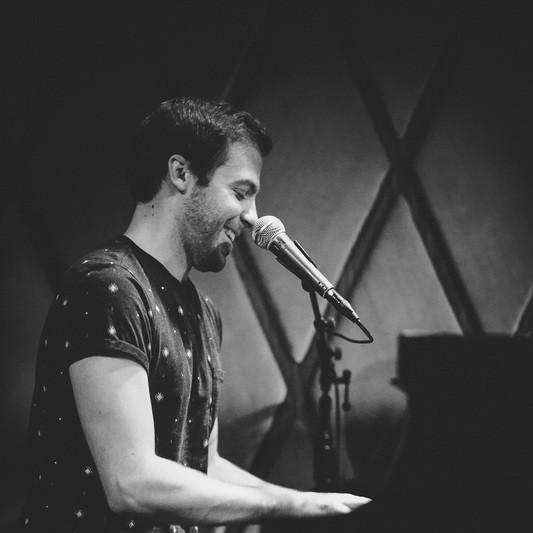 Blake Pfeil | Songwriter on SoundBetter