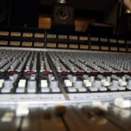 Tucandeo on SoundBetter