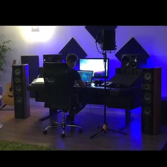 Ødyssey M. on SoundBetter