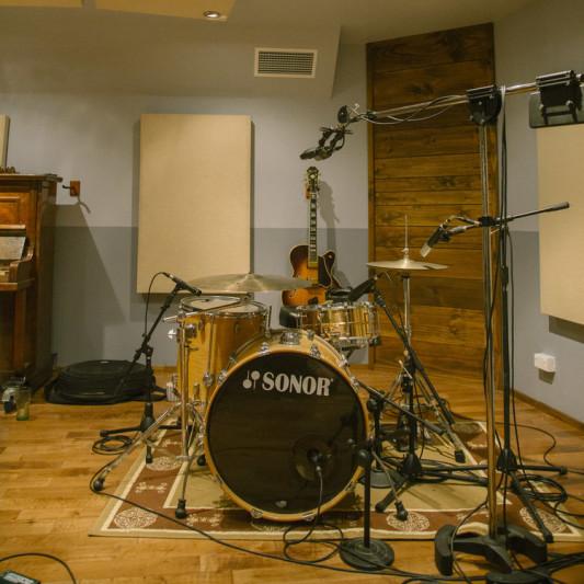 Mountain Kauri Studio on SoundBetter