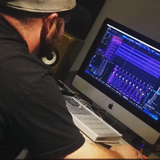 Derek Durish on SoundBetter