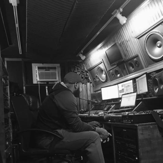 SelfTaughtEngineer on SoundBetter