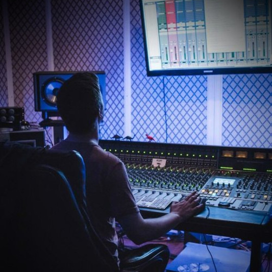 Dillon Lawter on SoundBetter