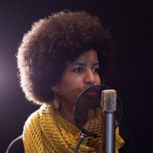 Léna Kipe on SoundBetter