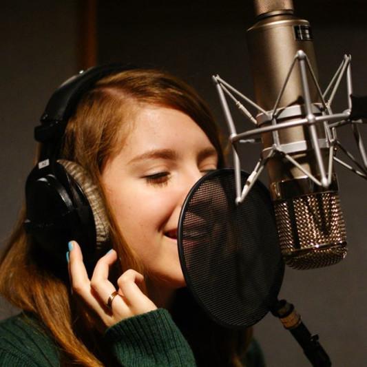 Steffi Jeraldo on SoundBetter