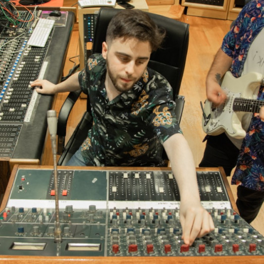 Lucas Romano on SoundBetter