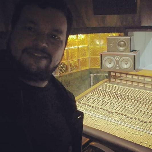 Julio Martinez on SoundBetter