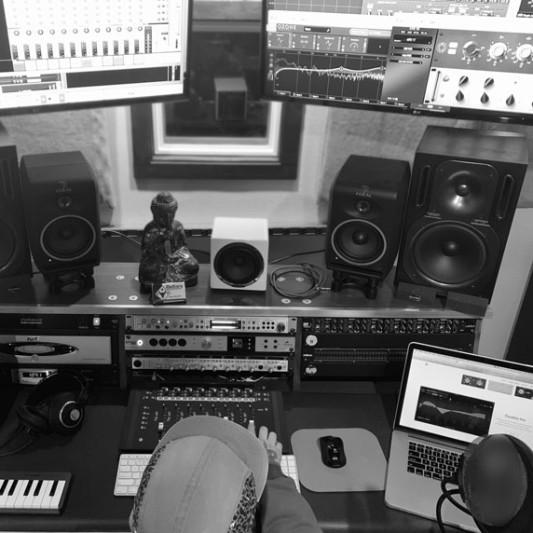 Oxiliary Recording Studios on SoundBetter