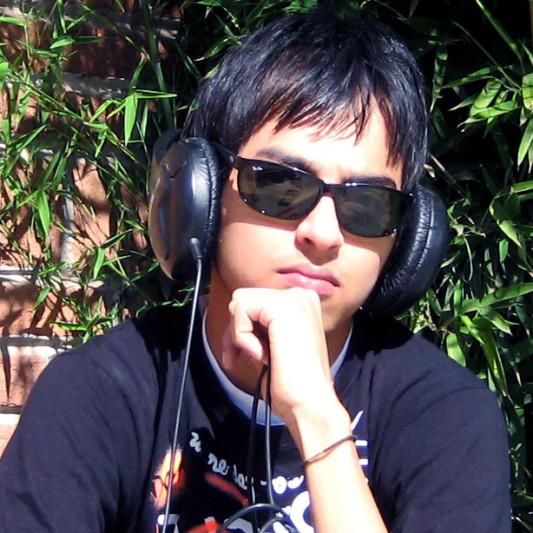 Julio De La Garza on SoundBetter