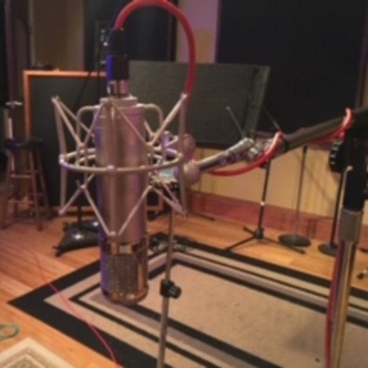 Studio and Songwriters on SoundBetter