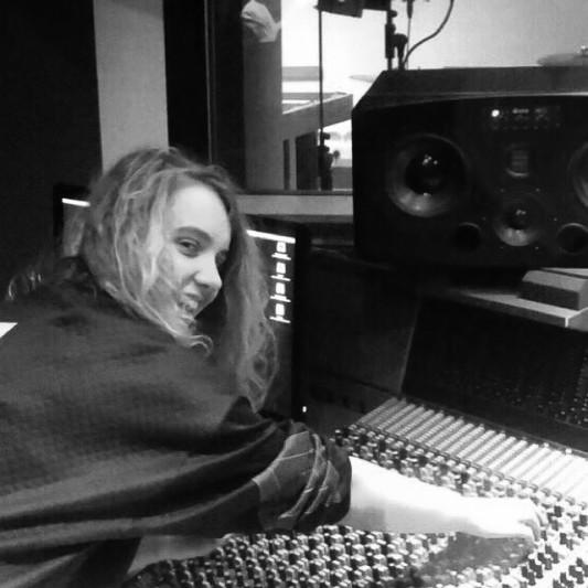 Daisy Edwards on SoundBetter