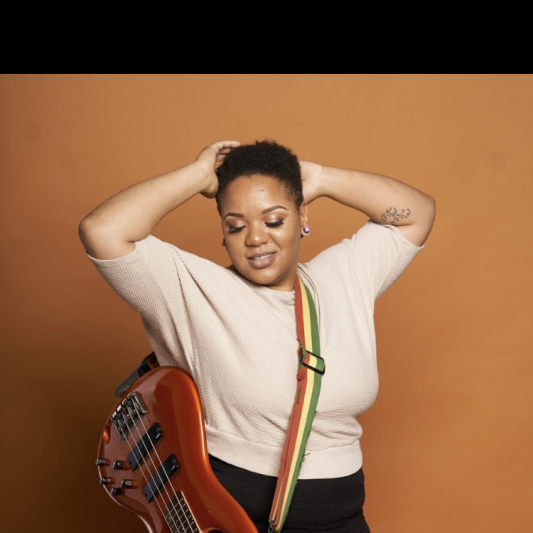 Shana B The Bassist on SoundBetter