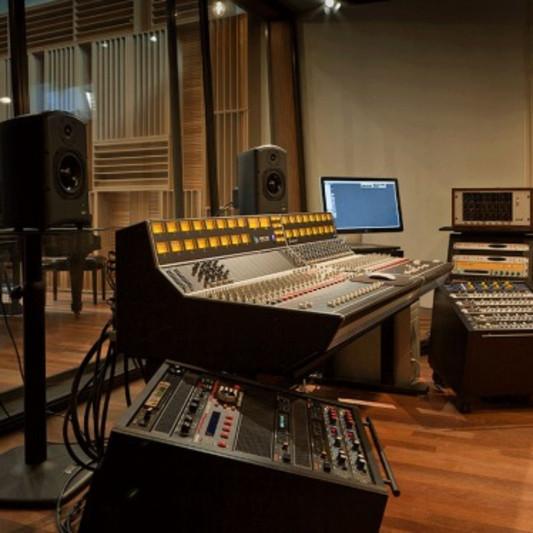 Jayson Vannini on SoundBetter