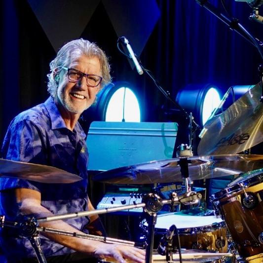 Dennis Holt on SoundBetter