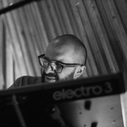 Manuel Velazquez on SoundBetter