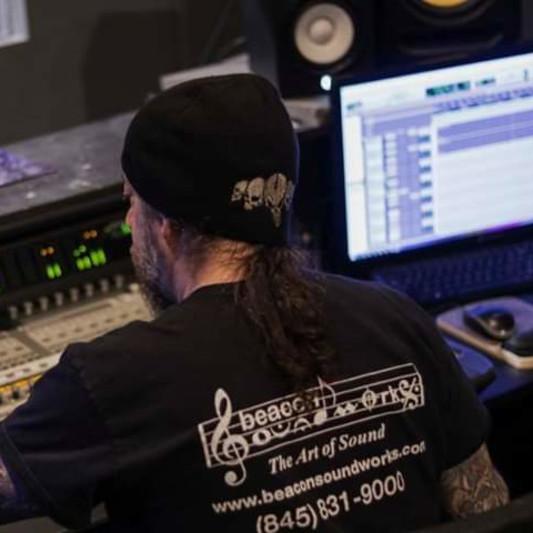 Mike Usifer on SoundBetter