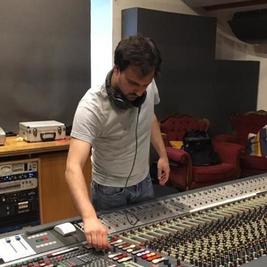 Francesco Varzi on SoundBetter