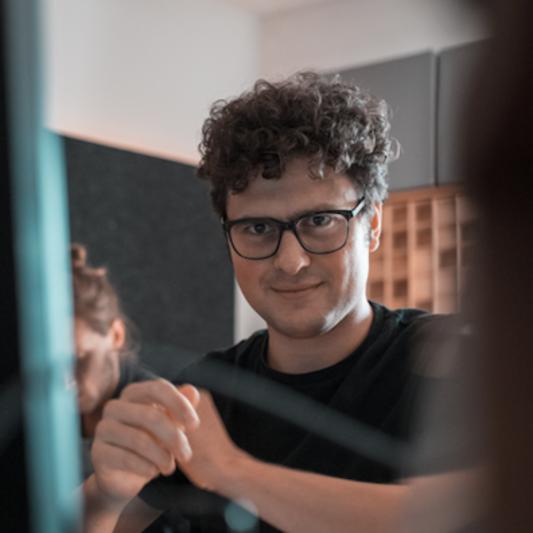 Joschka Bender on SoundBetter