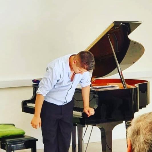 Manuel García on SoundBetter