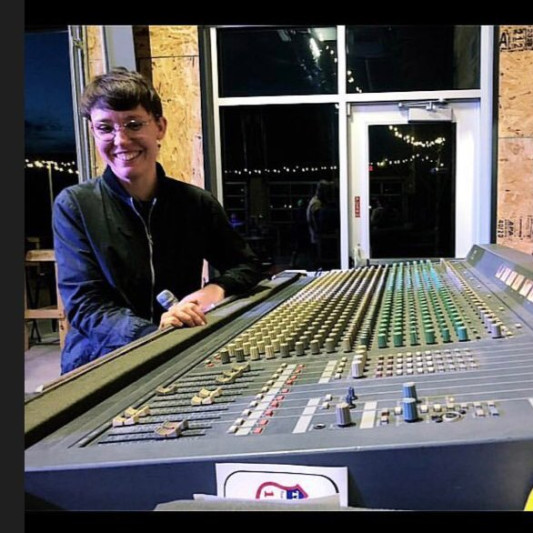Lauren Grubb on SoundBetter