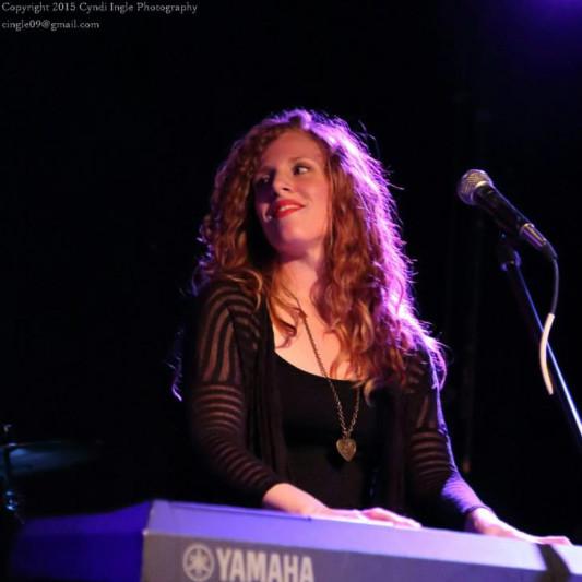 Amanda Waltz on SoundBetter