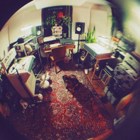 Magnasonic Studio on SoundBetter
