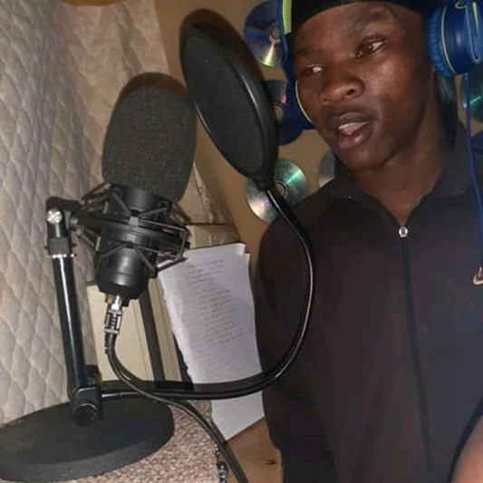 Team chommi entertainment on SoundBetter